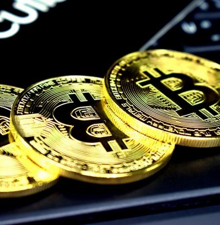 Decisão Sobre ETF de Bitcoin da VanEck re-adiada